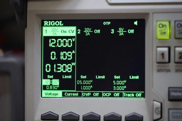 лабораторный блок питания Rigol